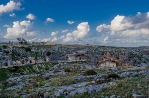 Paisaje del interior de Malta. Mediterráneo esplendoroso. Calor, piedra y mar. Y oculta la viña. Foto de ChrisLeeVella.