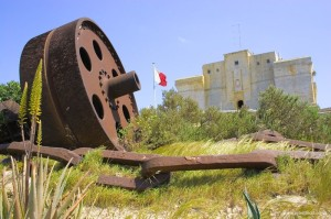 Foto del impresionate y macizo Fort Lucjan. Foto de Cybertect.