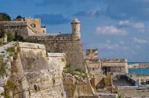 El buen tiempo en la capital de Malta, La Valleta, está casi todo el año presente, ideal para recorrer la ciudad y sus monumentos o para darse un buen baño en cualquiera de las playas paradisíacas de la isla. Foto de Leeze.