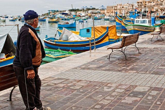 El pequño puerto pesquero de Marsaloxx, al sureste de Malta, conserva el encanto mediterráneo.