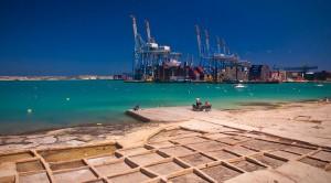 Antiguas salinas de Birzebbuga y su puerto comercial.